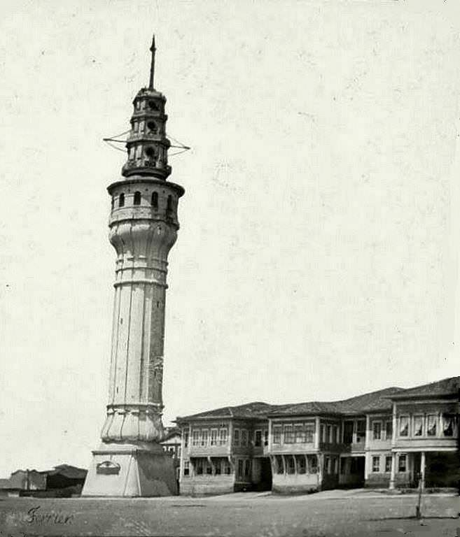 Beyazıt  Kulesi ve Seraskerat Binaları Beyazıt Tower and Some Army Building in Ottoman Time.
